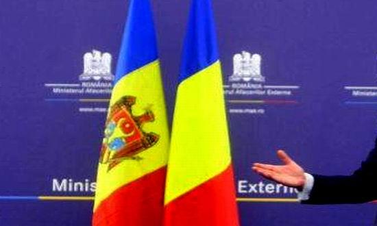 Fără nicio poziţie publică față de proiectul de lege ce îi albea pe toţi cei care au participat la furtul miliardului din Republica Moldova, România tace și plătește!