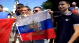 Drapelul ocupantului rus in Piata Marii Adunari Nationale din Chișinău 9 Mai 2013 !