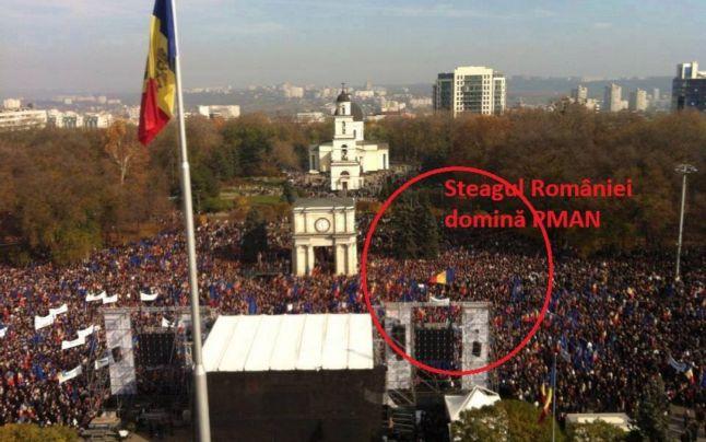 Steaguri_tricolore_Chisinau_3