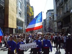 Stindard rusesc modificat pe post de drapel al Gagauziei folosit pentru interesele propagandei rusesti