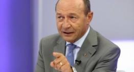 """Traian Băsescu:""""Moldovenii trebuie să-și asume responsabilitatea față de viitorul lor. Eu mă duc la frontieră și dau barierele deoparte!"""""""