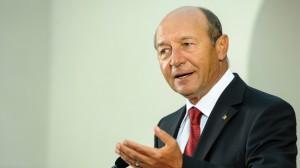 """Traian Basescu: """"Vrem să ne întregim țara"""""""