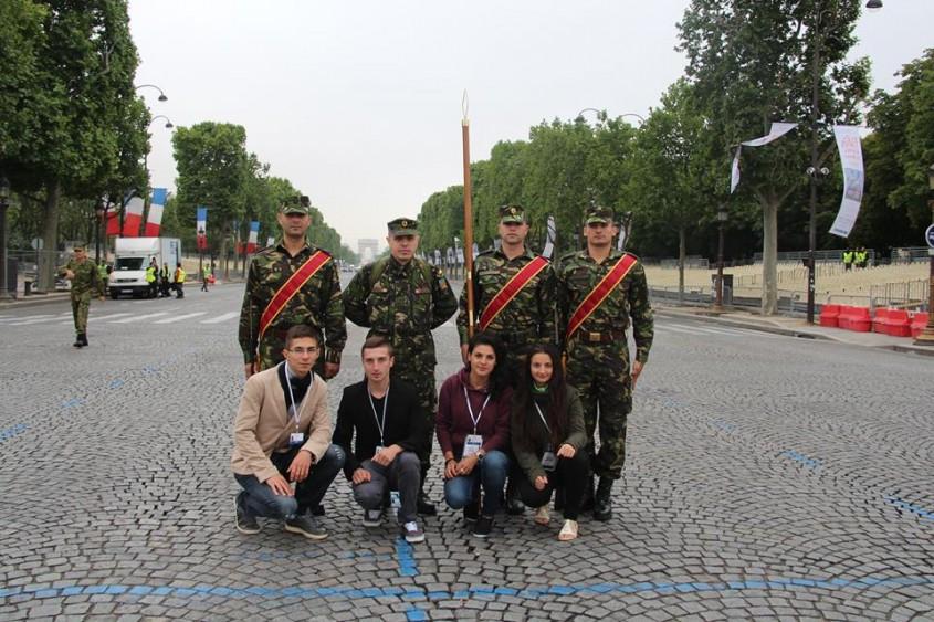 armata-romana-defileaza-la-Paris-de-ziua-Frantei (4)