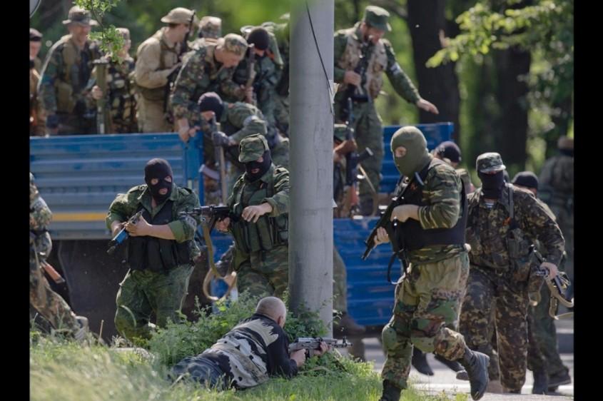 separatisti-prorusi-in-camion-Donetk3