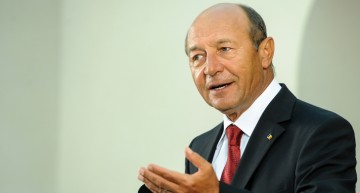 """Video (în direct): Traian Băsescu, despre """"Unirea Republicii Moldova cu România – între ideal și necesitate strategică"""" la Universitatea Liberă Internaţională din Moldova."""