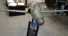 Se întrevăd zorile industriei aeronautice românești? Proiectul IAR-99 TD prezentat la Inventika