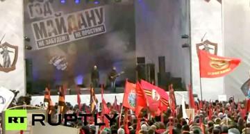 Zeci de mii de oameni protesteaza la Moscova la un an de la inlaturarea lui Viktor Ianukovici