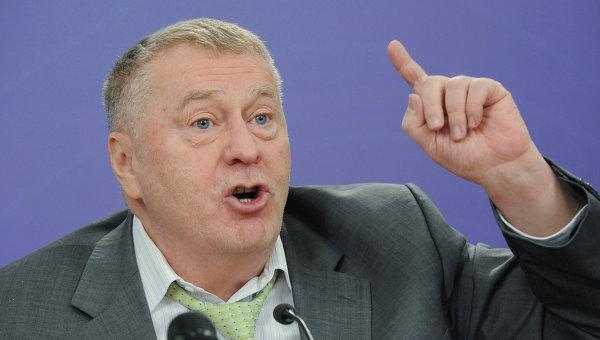 """Amenințări militare la adresa R. Moldova cu aluzii la """"Moldova Mare"""" via Vladimir Jirinovschi"""