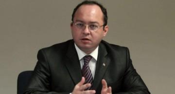 Oficiali români insistă pentru soluționarea situației lui George Simion, expulzat din R. Moldova