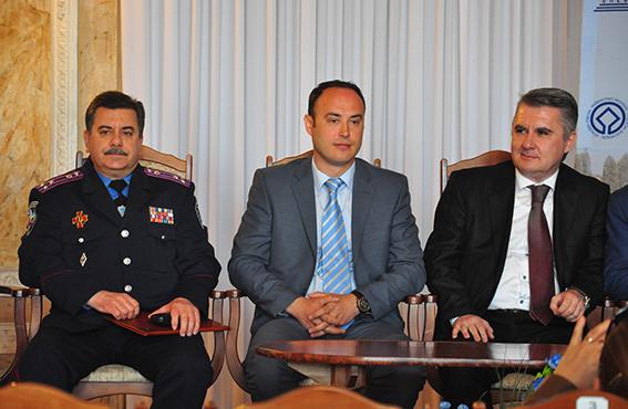 Cursanți ai Colegiului Național de Afaceri Interne din România, în vizită la Cernăuți
