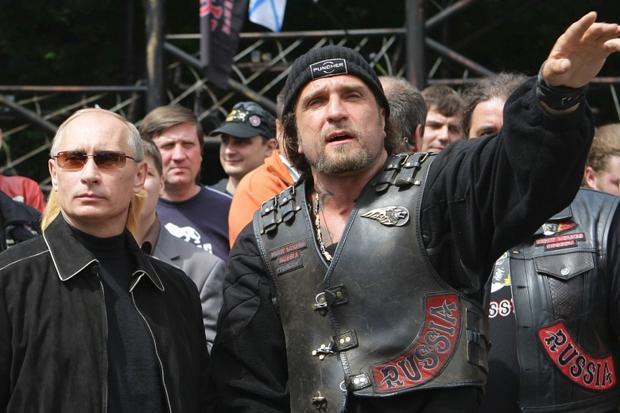 Putin_si_Lupii_Noptii_romaniabreakingnews (2)