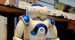 Robotul Frank al Universității Tehnice din R. Moldova va vorbi în limba română