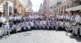 Satul Crasna – inima românismului bucovinean din regiunea Cernăuți, a sărbătorit 586 de ani de la atestarea documentară. Hrisov semnat de domnitorul român Alexandru cel Bun