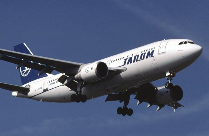 Zilnic zeci de avioane rusești trec peste România, în schimb, TAROM nu poate zbura deasupra Rusiei