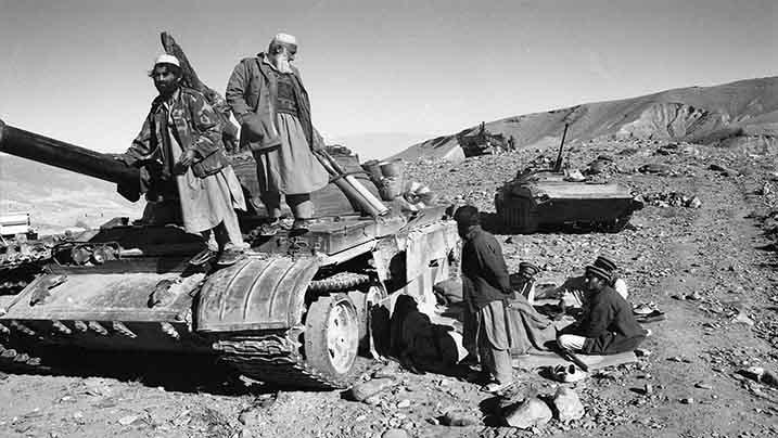 blindate sovietice distruse de mujahedini afgani