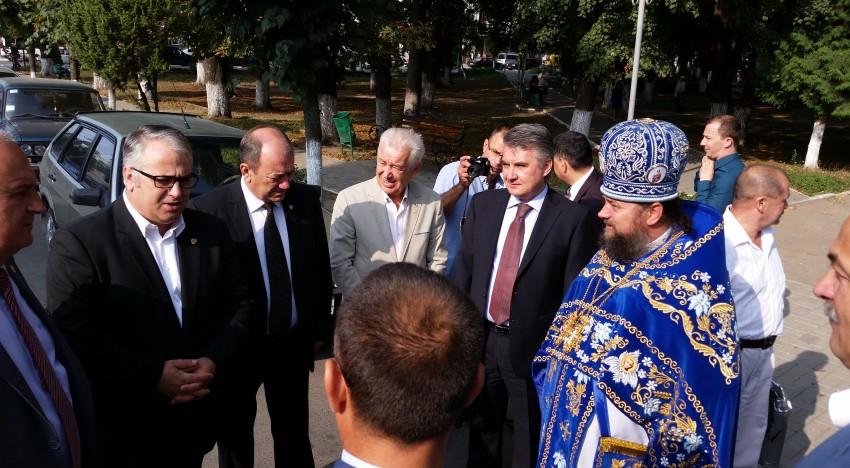 Membrii Comisiei românilor de pretutindeni din Senatul României s-au întâlnit cu românii din raionul Storojineț (Ucraina)
