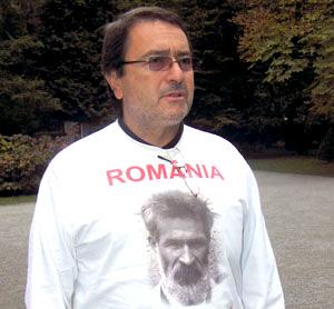 """Scriitorul Laurian Stanchescu, gânduri la disperare, """"Pentru ucigașii memoriei românești…"""""""
