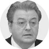 A murit un mare român, Corneliu Vadim Tudor.
