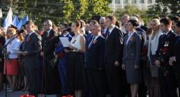 În ciuda sărăciei populației, independependența așa-zisei republici nistrene, a fost sărbătorită cu fast, tancuri și muzică rusească