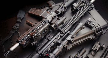 Fabricile românești de armament vor lucra la capacitate maximă. Au crescut comenzile de muniție și armament