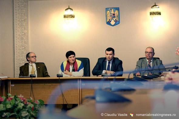 170_de_ani_Vasile_Stroescu_Omagiu_la_Parlamentul_Romaniei_11_11_2015 (52)