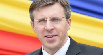 Dorin Chirtoacă: Monarhia salvează Romania? …și Moldova? Ambele maluri ale Prutului sunt cuprinse de proteste și ambele sunt fară guvern