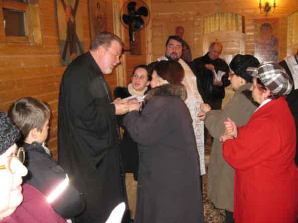 """Ce face ortodoxia românească dintr-un fost soldat american care a luptat în Vietnam? Stephen Holley: ortodoxia """"adevărata esență a vieții"""", românii – """"cei mai minunați oameni din lume"""""""