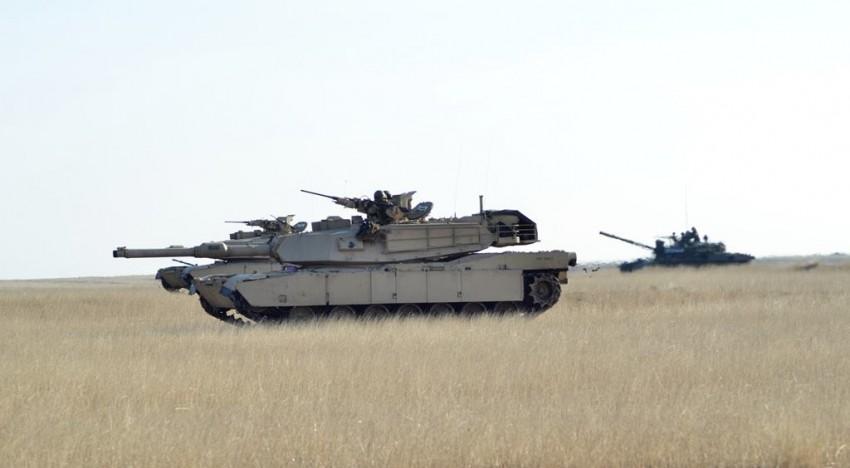 """Armata României, R. Moldova și SUA, alături de tancurile TR85M1 și Abrams, cot la cot prin desișurile poligonului Smârdan, la exercițiul multinațional """"Platinum Lynx 16-2"""""""