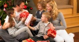 """""""Like-ul"""" de Crăciun ține loc de """"petrecere în familie""""?"""