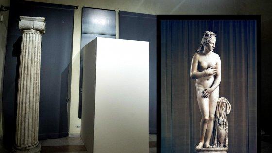 Le statue coperte per Rouhani e i simboli imposti - repubblica.it