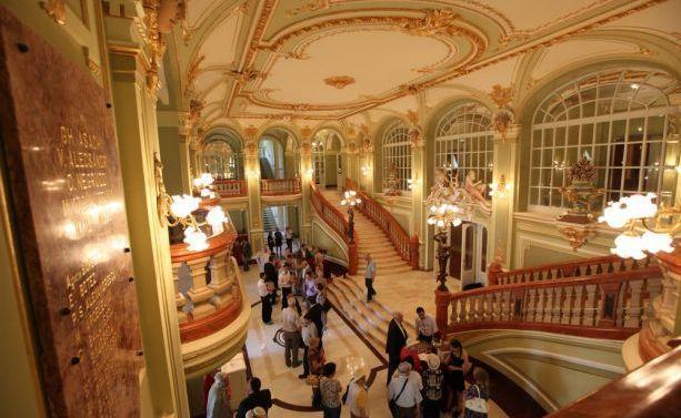 Teatrul_National_din_Iasi_BBC_romaniabreakingnews_ro (1)