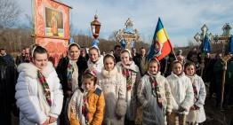 """Foto/Video: 75 de ani de la martiriul românilor din Lunca Prutului – 7 februarie 1941! """"nu te va uita, frate sau soră român, poporul tău, biserica ta, Dumnezeul tău, niciodată""""."""