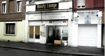 Români în Franța! Un magazin românesc a fost incendiat din motive rasiale, de către doi agenți municipali