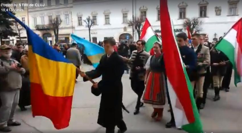 Ziua Maghiarilor de Pretutindeni sub semnul normalității, firescului și înțelegerii,  purtând și tricolorul românesc
