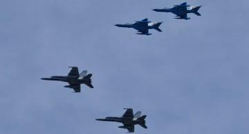 FOTO: Spectacol al forțelor aeriene româno-canadiene la Mihail Kogălniceanu –  CF-18 Hornet, IAR-330 Puma și MiG-21 LanceR