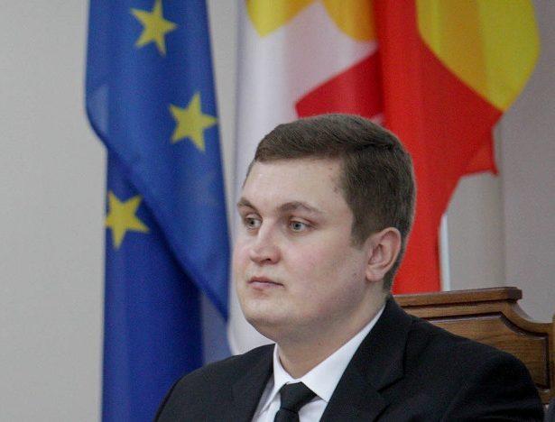 """Vicepreședintele Partidului DREAPTA din RM: """"Congresul românilor de pretutindeni"""" între bătaie de joc și amatorism"""
