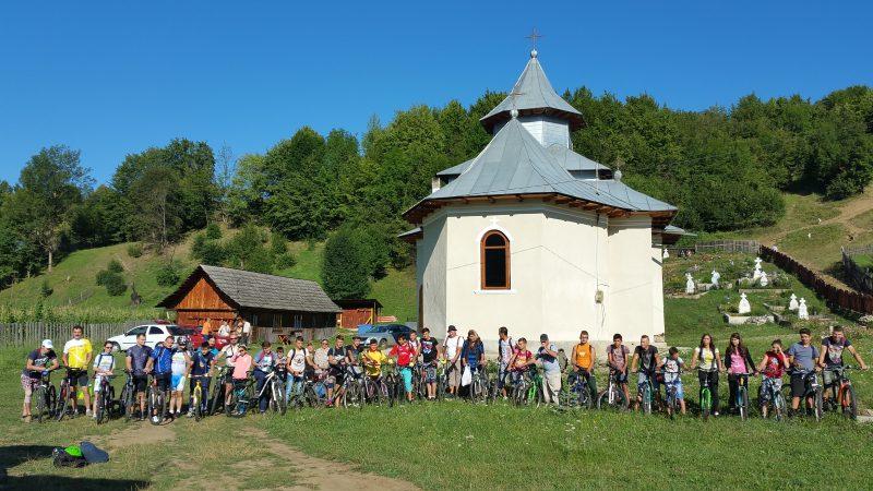 Biciclisti in Pelerinaj la Manastirea Tarcau