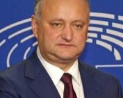 """Dodon şi Plahotniuc pregătesc îngheţarea relaţiilor cu UE! Dodon: """"pe 3 sau 4 aprilie voi semna un memorandum cu Uniunea Eurasiatică"""""""