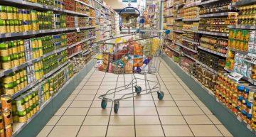 Comisia Europeană derulează proceduri de infringement asupra României pentru legea care impune hipermarketurilor să vândă marfă românească