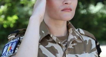 Primului detaşament românesc din Afganistan, comandat de o femeie, va avea parte de o ceremonie specială de repatriere