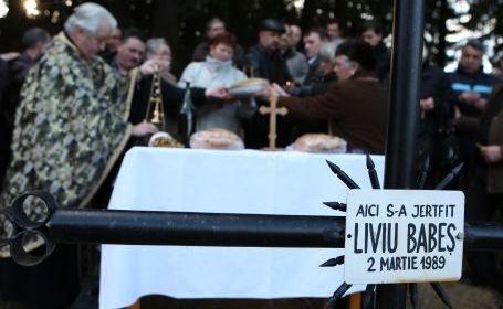 28 de ani de când braşoveanul Liviu Corneliu Babeş şi-a dat foc pe pârtia Bradul din Poiană Braşov, în semn de protest faţă de regimul comunist