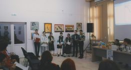 """""""Basarabia – soră de dor"""" O emoționantă manifestare la Vatra Dornei dedicată împlinirii a 99 de ani de când Sfatul Țării din Basarabia a votat unirea cu România. Reflexii asupra condițiilor externe și interne nefavorabile Reunificării"""