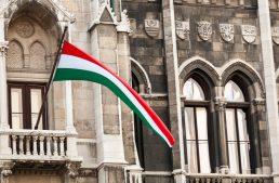 Nu în NATO! Budapesta taxează legea educației din Ucraina care ingrădește limbile minorităților naționale
