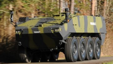 România a bătut palma cu General Dynamics! Începe fabricarea blindatelor tip Piranha 5 la București din 2018!
