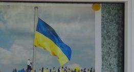 Video: Blocul Unității Naționale din Republica Moldova a organiza un protest la adresa noii Legi a Învățământului adoptată de Rada Supremă, în fața Ambasadei Ucrainei din Chișinău