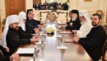Ucraina, unde se află o numeroasă minoritate românească, pe agenda întâlnirii private a Patriarhului Moscovei şi al Întregii Rusii cu Patriarhul României