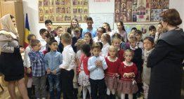 Ministrul pentru românii de pretutindeni, Andreea Păstîrnac, sprijină copii români din Spania pentru învățarea limbii și literaturii române