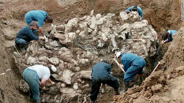 """Exploziv! Dosarul ascuns al """"genocidului"""" de la Srebrenica via """"Grupul de Cercetare Srebrenica"""""""