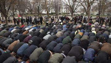Video: Statele Unite izolate la ONU şi în mijlocul unei furii musulmane. Care este poziția României?