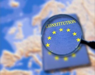 PRIMA CONSTITUŢIE A EUROPEI